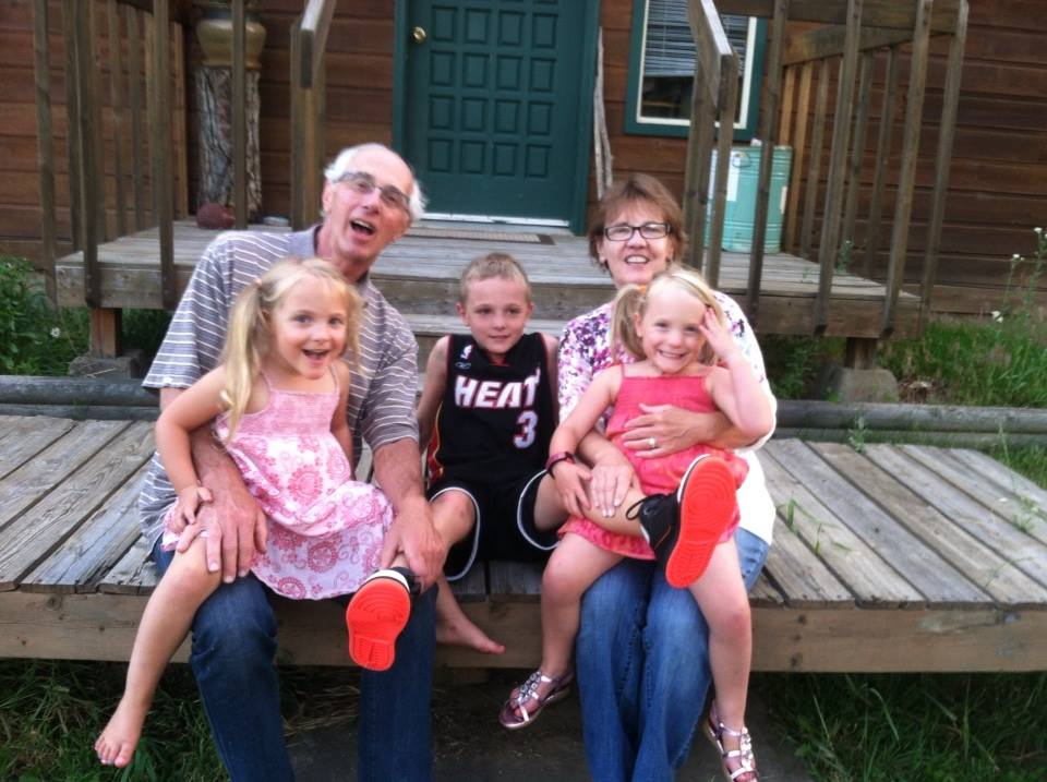 Gerry Murphy with his wife, Sandy Murphy, and 3 grandchildren, Briar, Catcher, & Tamsyn.